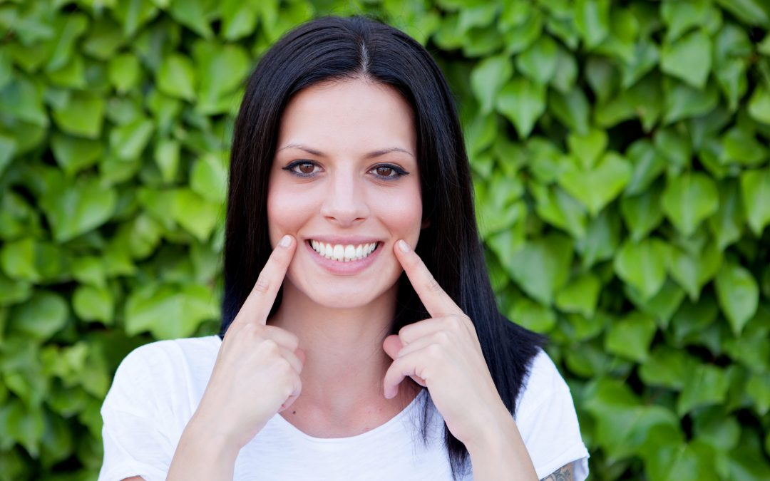 Why Over-The-Counter Teeth Whitening Can't Be Trusted